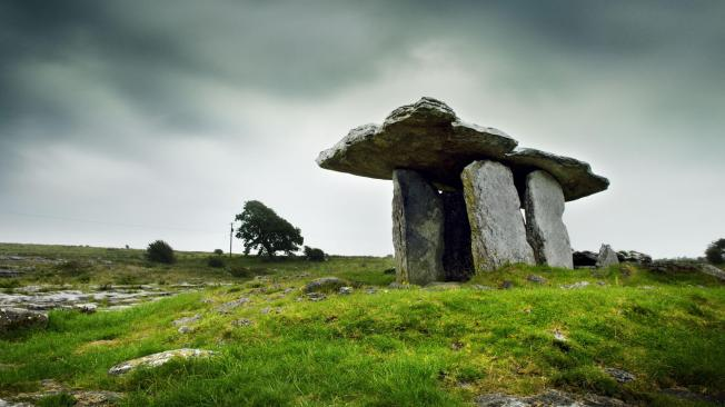 Dolman-at-Poulnabrone-The-Burren-County-Clare-Ireland